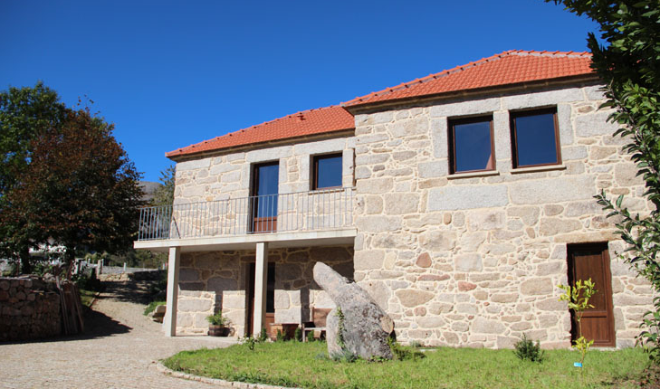 casa fonte do laboreiro