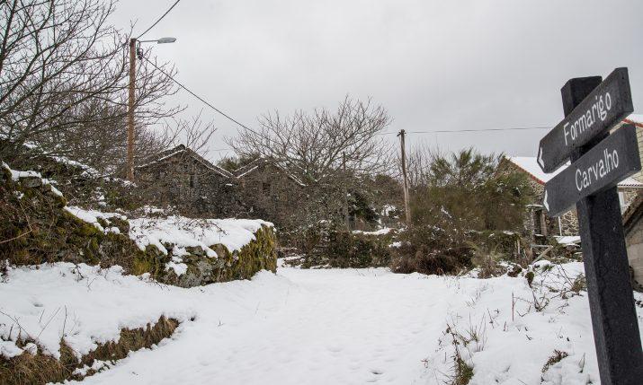 Neve em Castro Laboreiro e Porta de Lamas  (7)